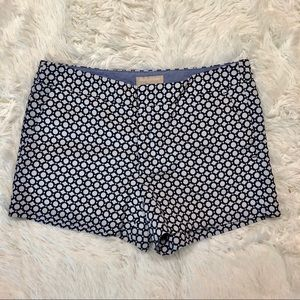 Banana Republic Hampton Short size 10 Navy White
